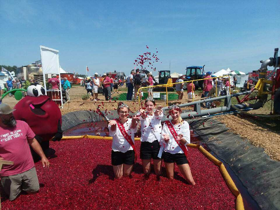 Photo by Warrens Cranberry Festival
