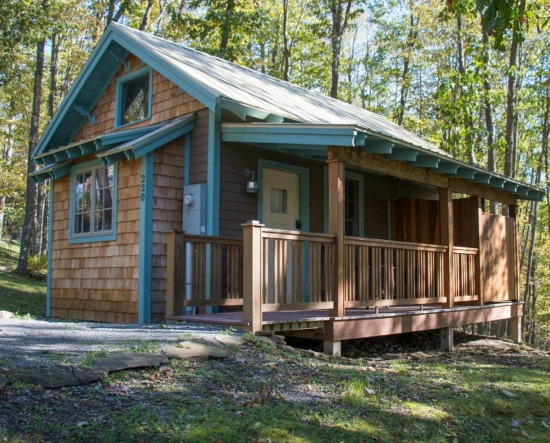 Blue Moon Rising Cabin in McHenry, Maryland