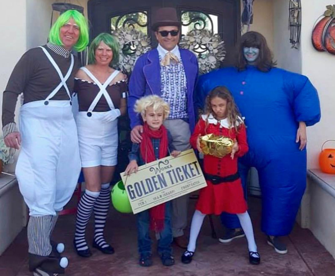 Willie Wonka family costume for Halloween